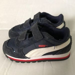 Puma adorable navy blue sneaker